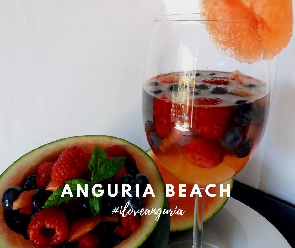 aperitivo con anguria e frutti di bosco